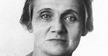Adelaide Câmara: assinava como Aura Celeste